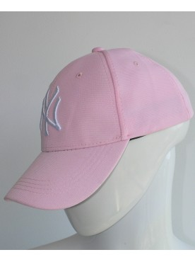 Casquette New York couleur rose